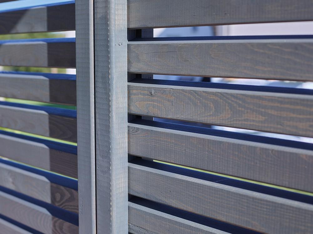 Panneaux bois ajourés couleur gris ardoise pour pergola Samana Vivre En Bois