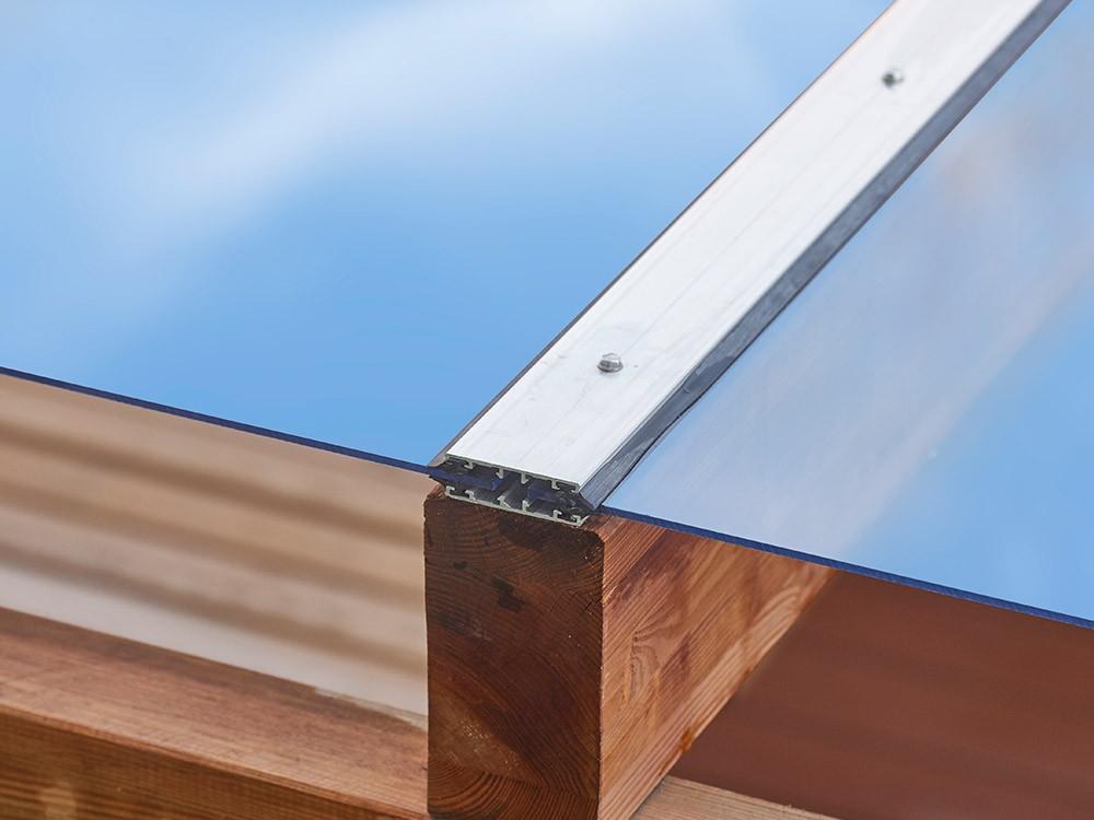 Finition plaque-polycarbonate pour pergola en bois Albizia en Pin classe d'emploi 4 technologie DURAPIN marque PIVETEAUBOIS Vivre en Bois