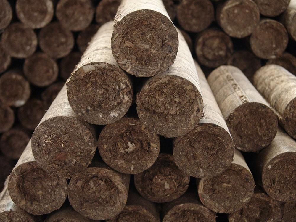 Bûches de bois de chauffage densifiées Equibûches