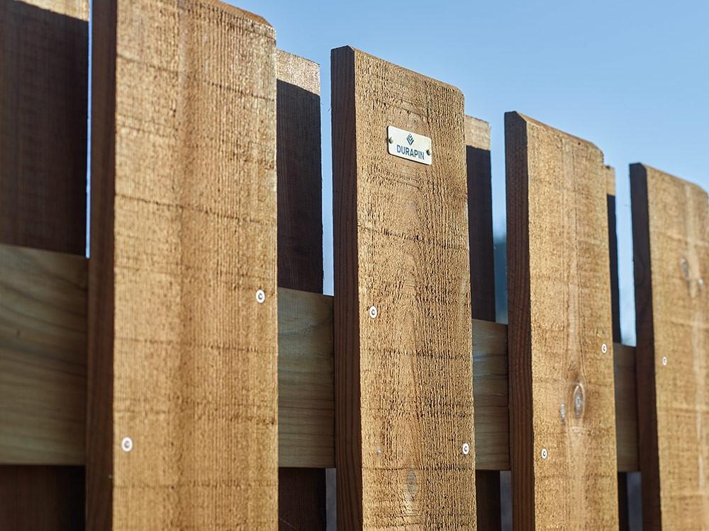 Lames panneau droit en bois occultant Simoun Pin DURAPIN marque Piveteaubois Vivre en Bois